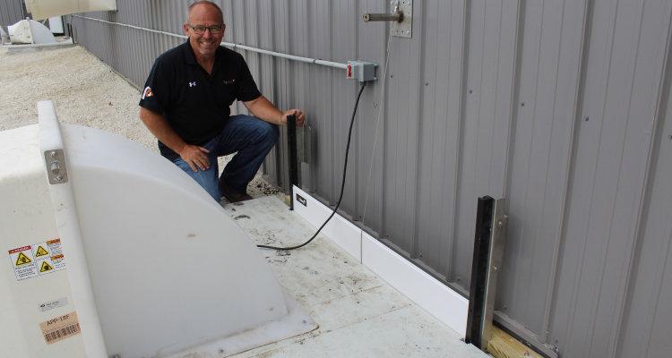 地坑风机定向通风板-轻松改善猪舍空气质量